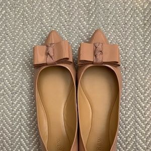 J Crew nude bow flats in good condition 8.5